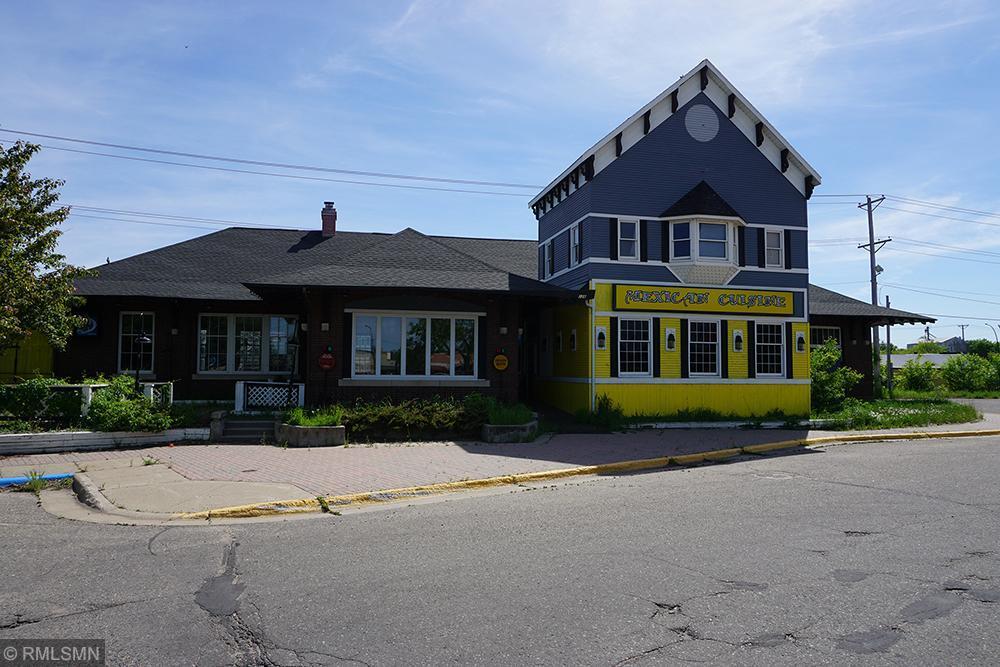 128 1st Street W Property Photo