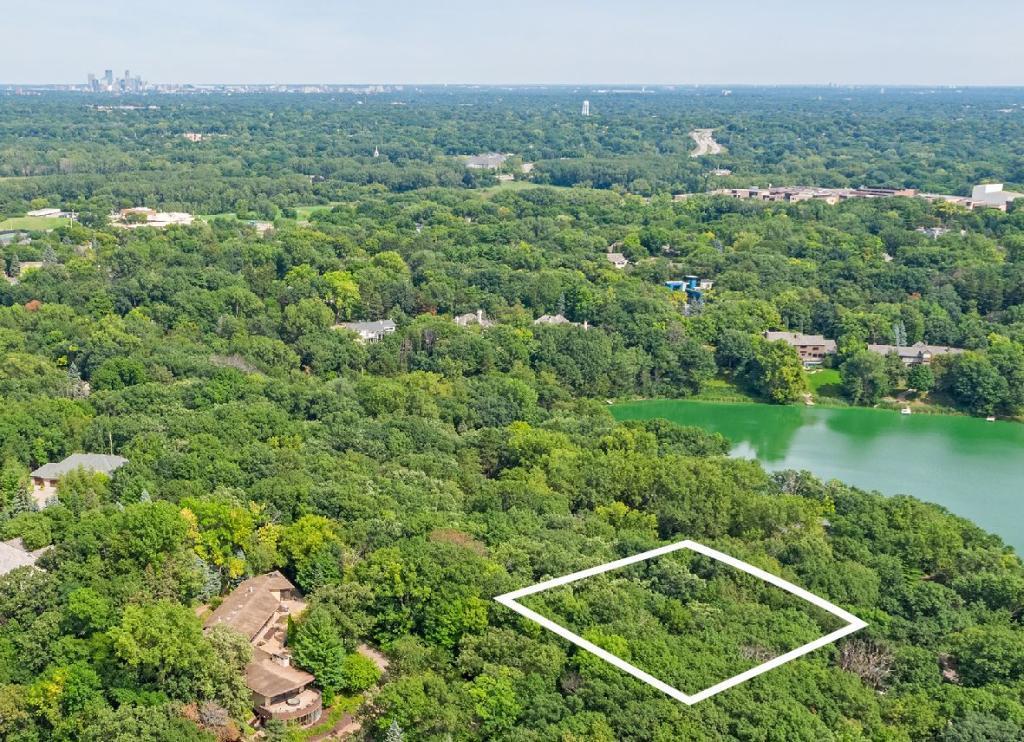 6630 Dakota Property Photo - Edina, MN real estate listing