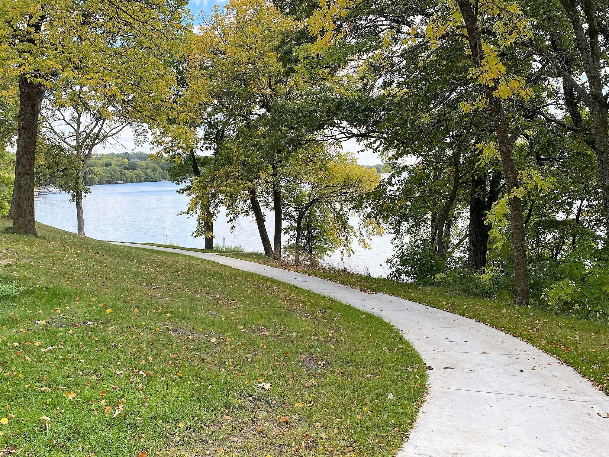 Stonegate On The Lake Property Photo
