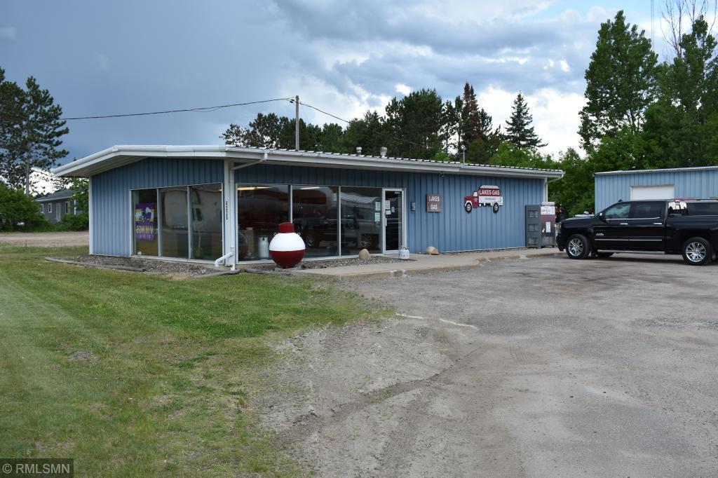 4326 W Lake Street Property Photo 1