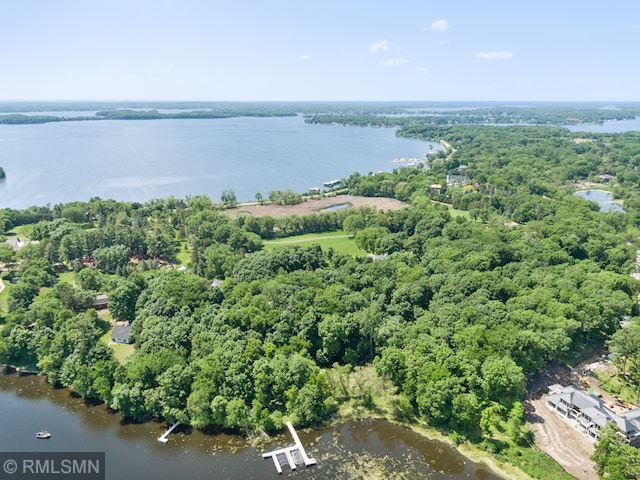 1700 Shoreline Drive Property Photo - Orono, MN real estate listing