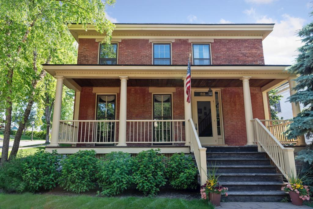 32 Irvine Property Photo - Saint Paul, MN real estate listing