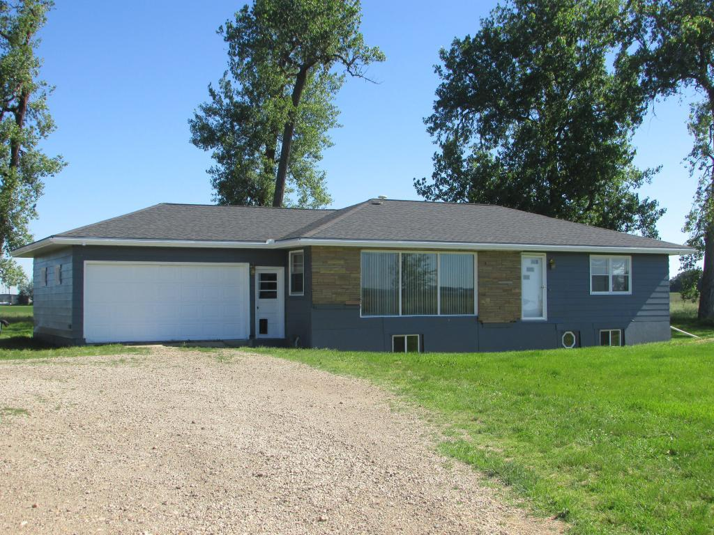 972 90th Avenue Property Photo - Pipestone, MN real estate listing