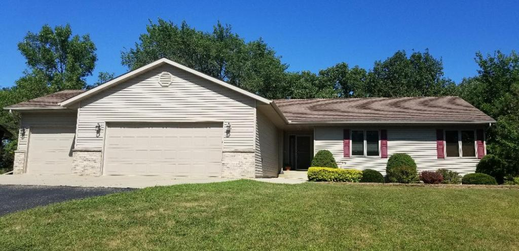 2213 Eunice Property Photo - Albert Lea, MN real estate listing