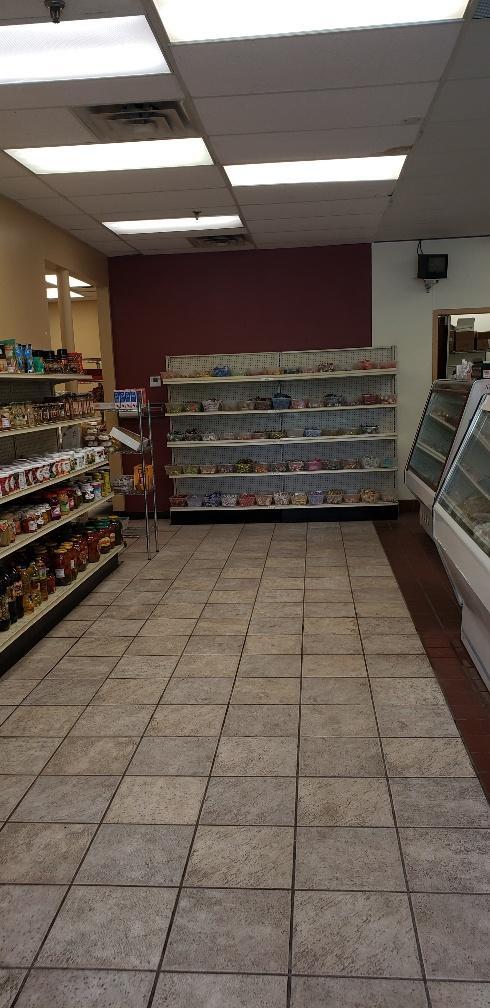 11044 Cedar Lake Rd Property Photo - Hopkins, MN real estate listing