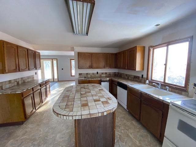 201 E North Avenue Property Photo - Luck, WI real estate listing