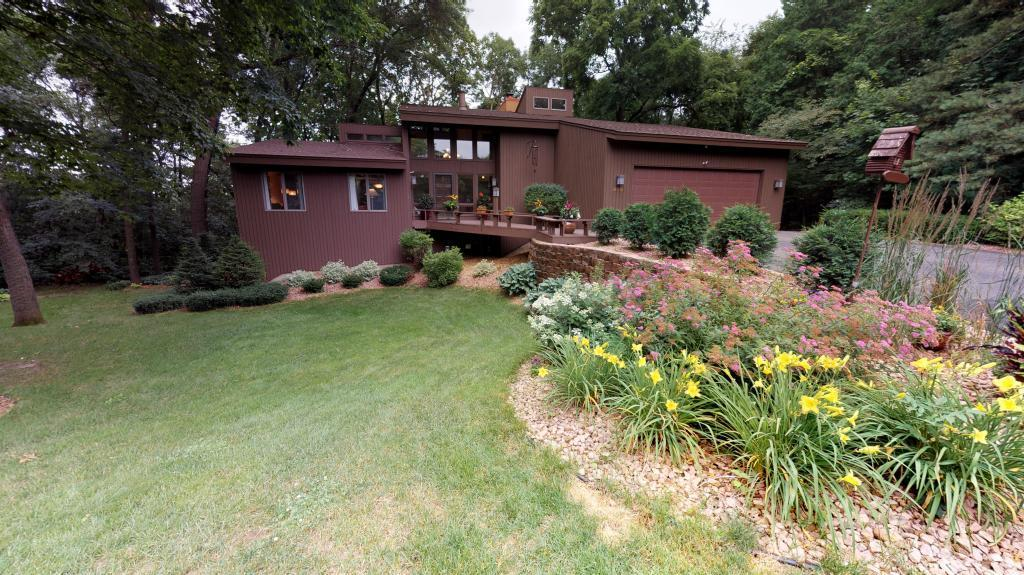 689 Woodhill Property Photo - Owatonna, MN real estate listing