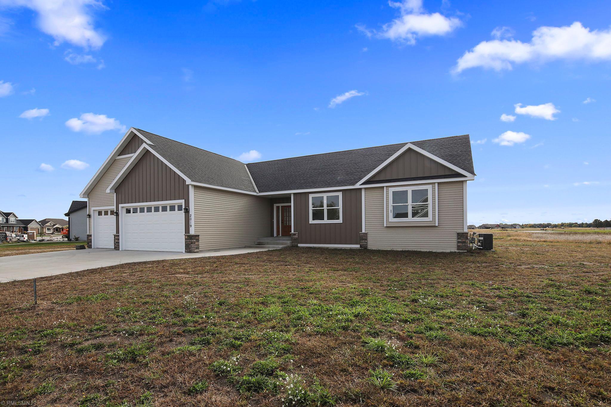 2019 Sandstone Loop N Property Photo - Sartell, MN real estate listing