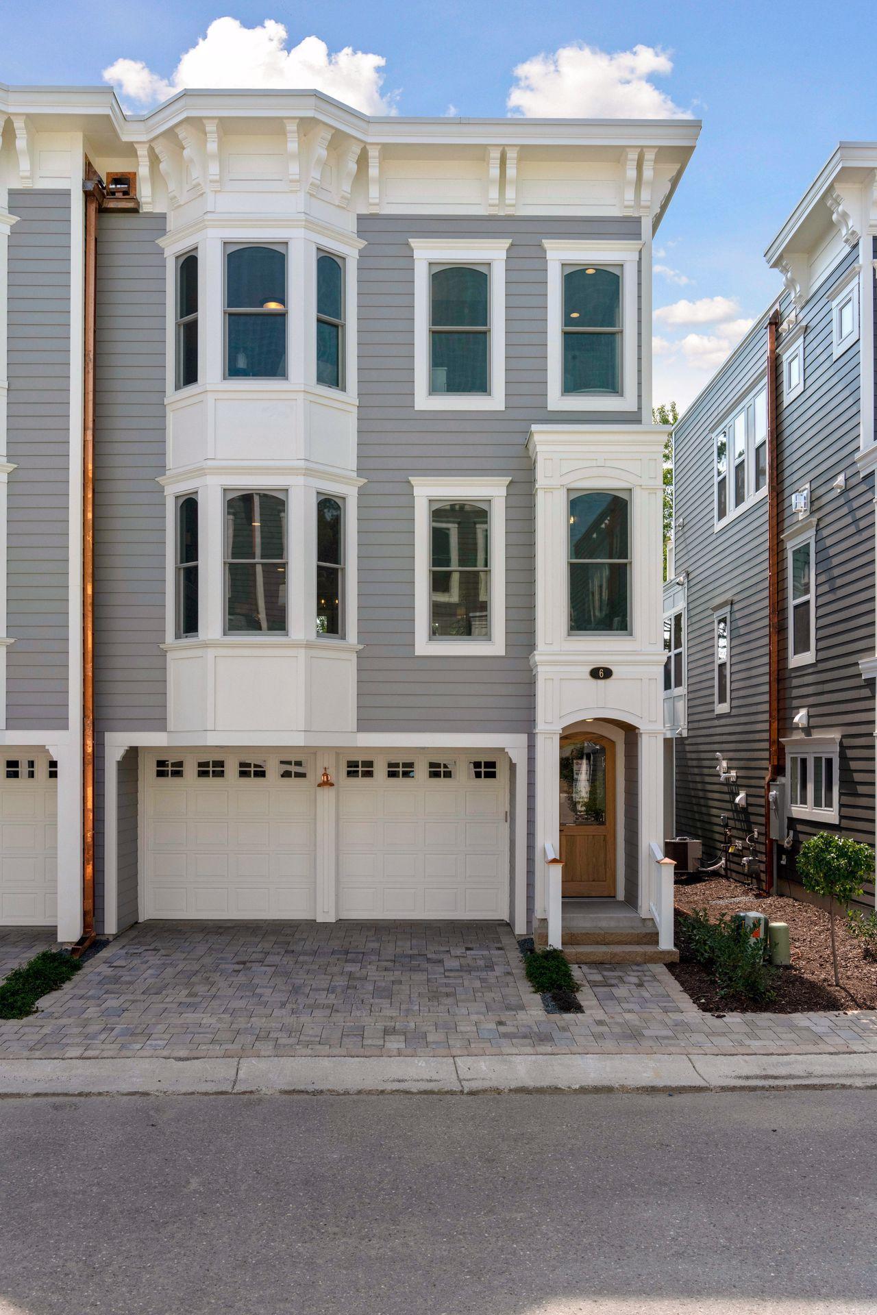 6 Village Lane Property Photo - Excelsior, MN real estate listing