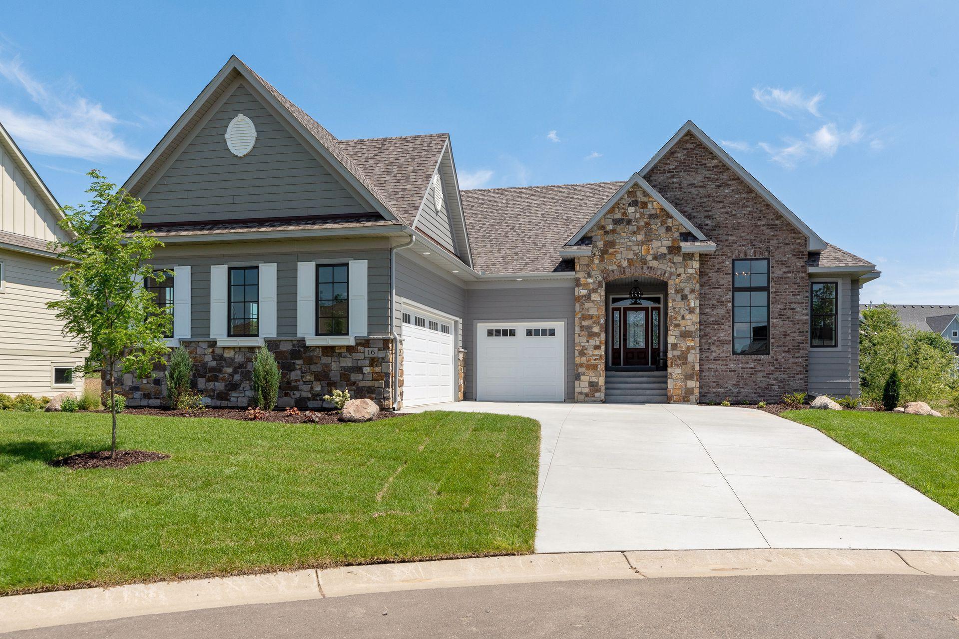 16 Kestrel Property Photo - North Oaks, MN real estate listing