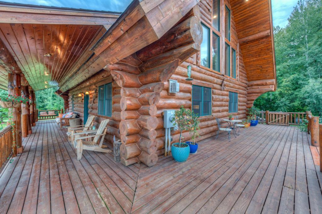 Pine Creek Real Estate Listings Main Image