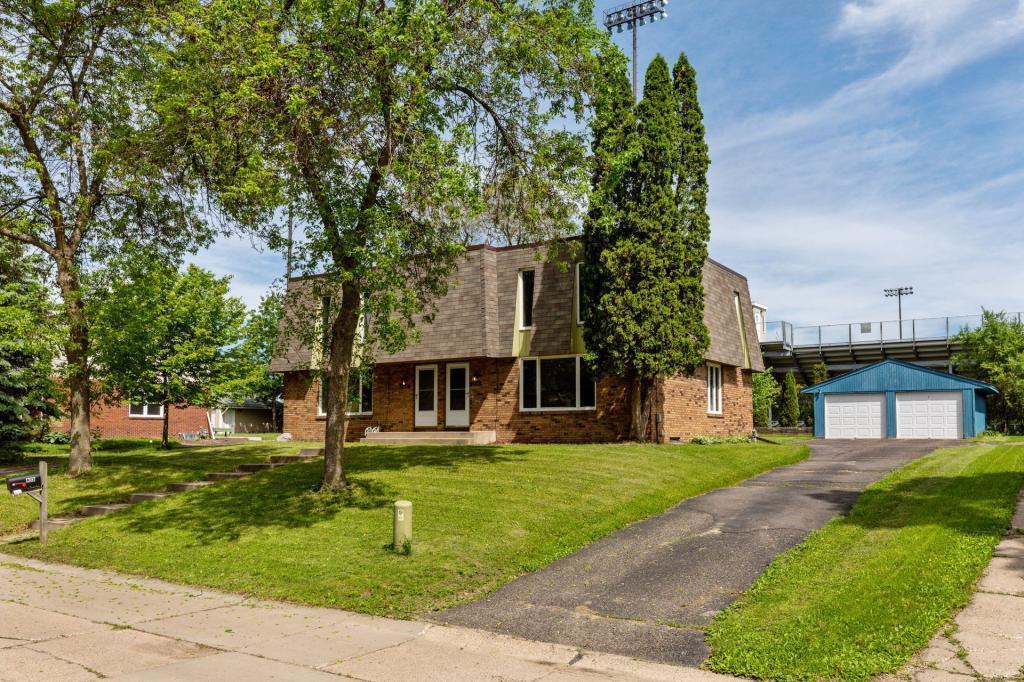 1304 Poppyseed Property Photo - New Brighton, MN real estate listing
