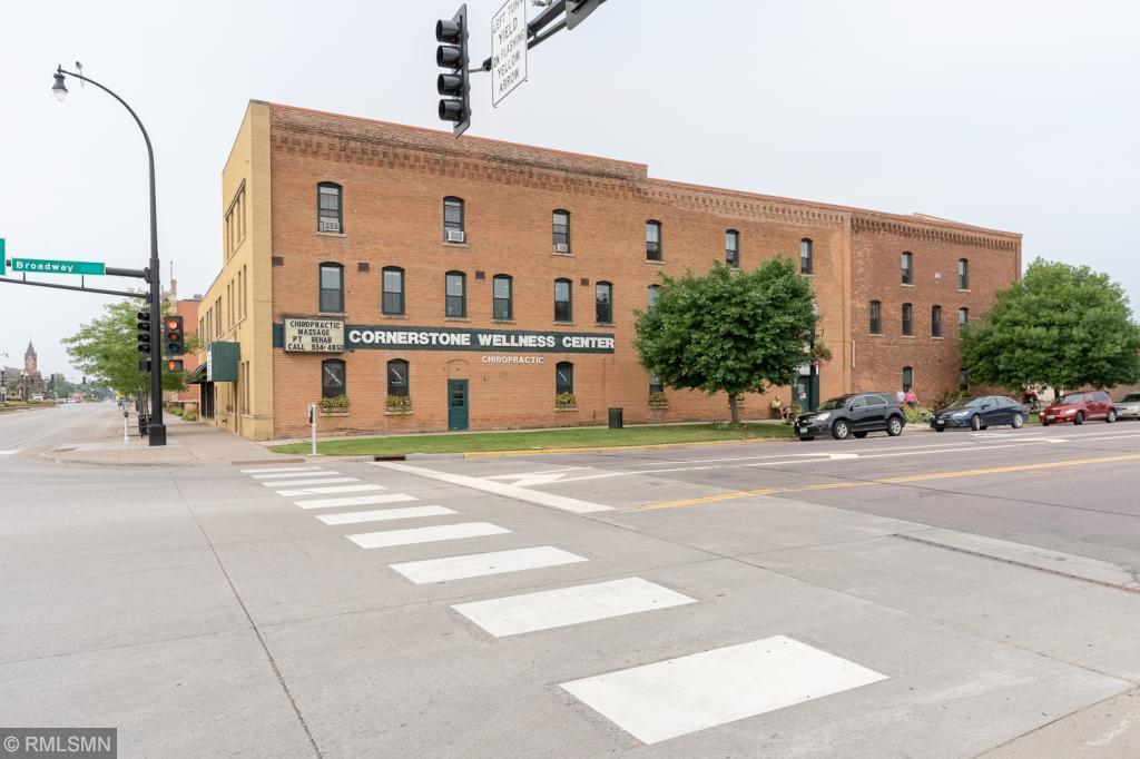 220 W Broadway Avenue Property Photo - Saint Peter, MN real estate listing
