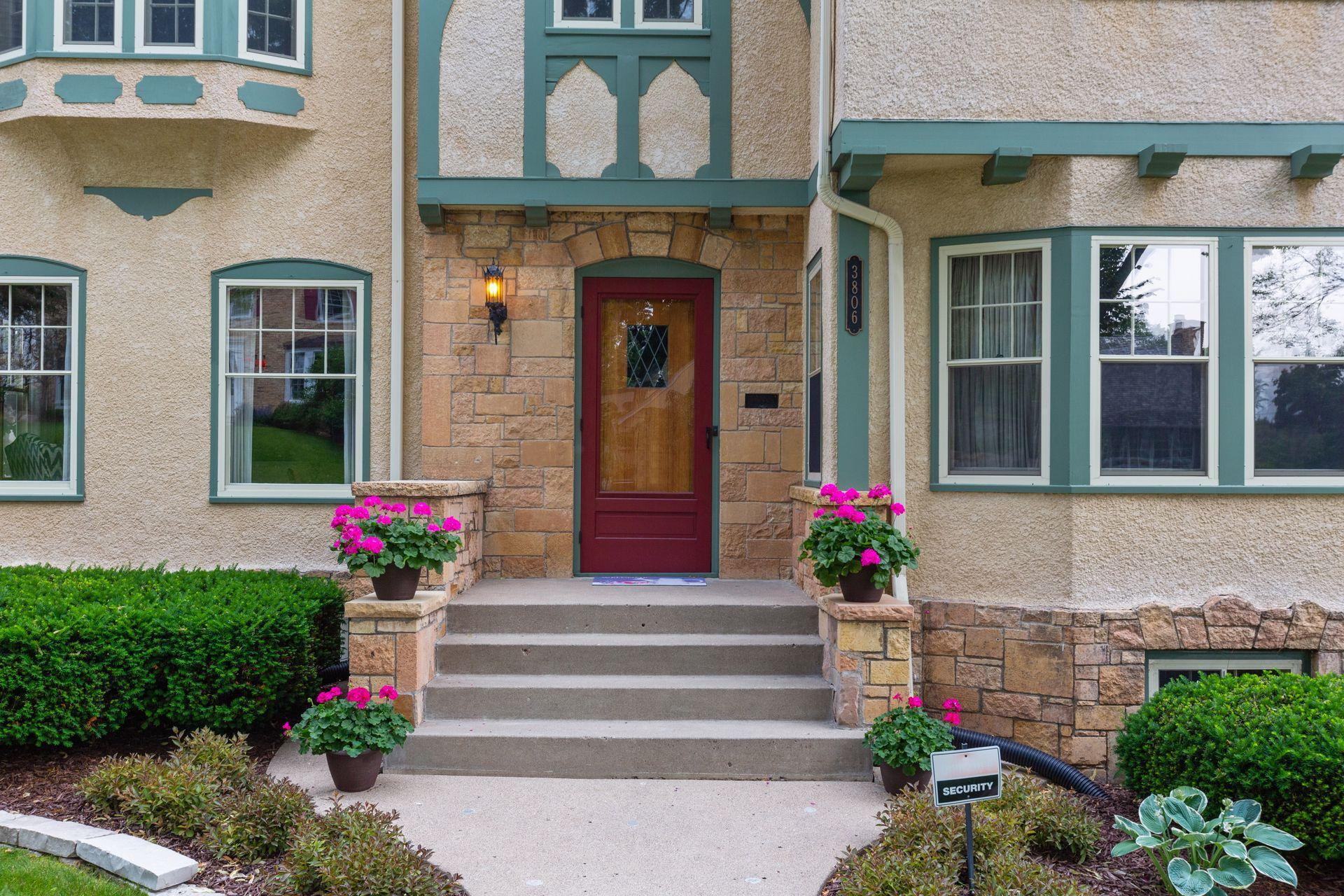 3806 Abbott Avenue S Property Photo