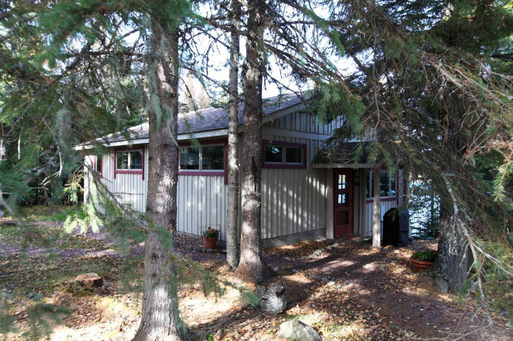 16 E Chimney Rock Rd Property Photo - Hovland, MN real estate listing
