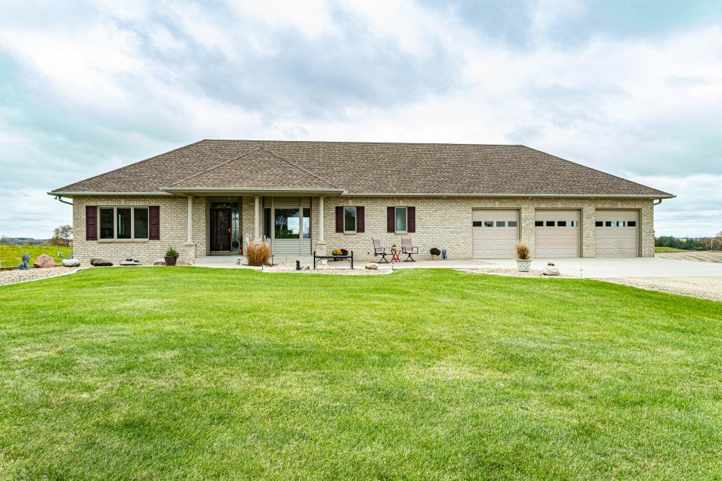 27600 Zachary Avenue Property Photo - Elko New Market, MN real estate listing
