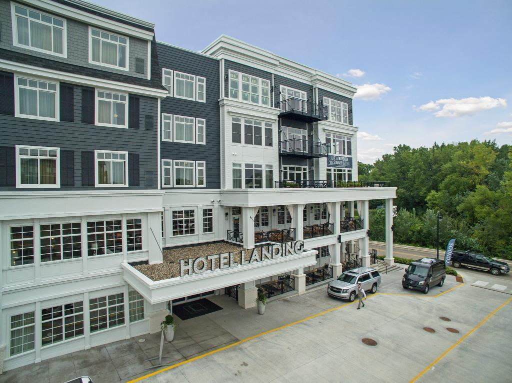 935 E Lake Street #404 Property Photo - Wayzata, MN real estate listing