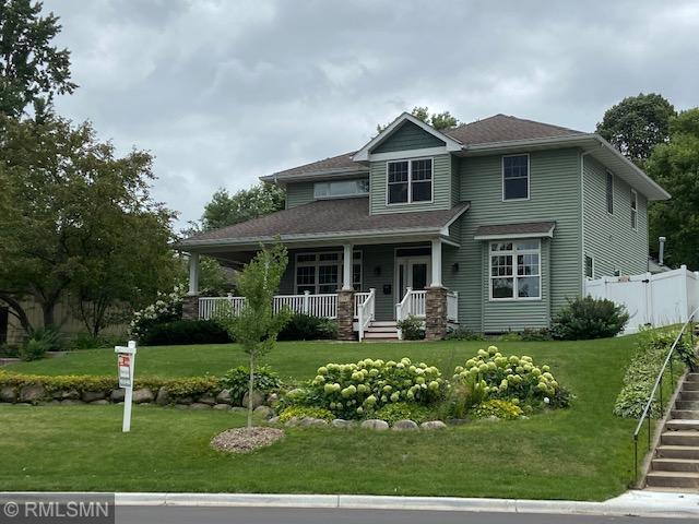 2592 19th Avenue E Property Photo - North Saint Paul, MN real estate listing
