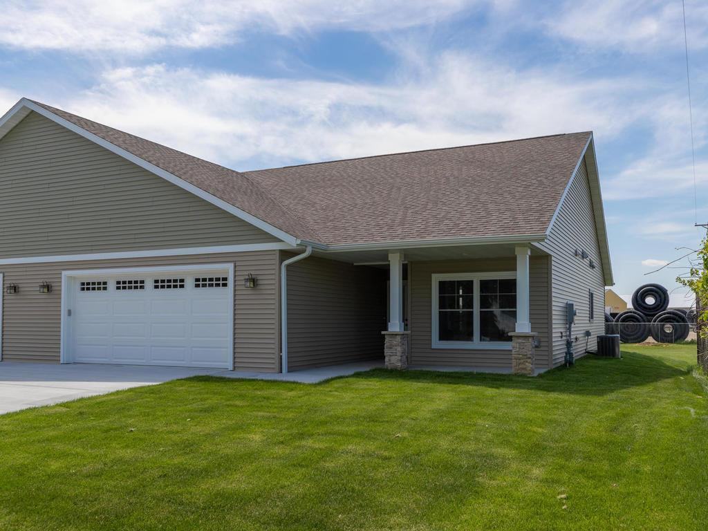 500 1st Avenue SW Property Photo - Hayfield, MN real estate listing