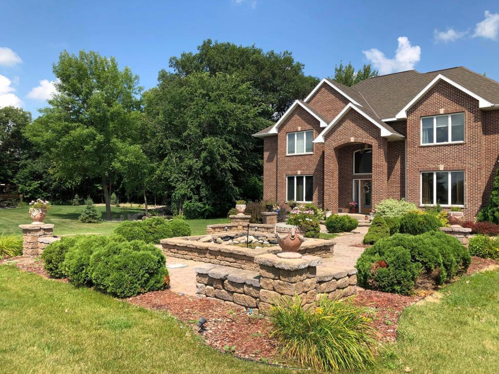 43 Deerwood Property Photo - North Mankato, MN real estate listing
