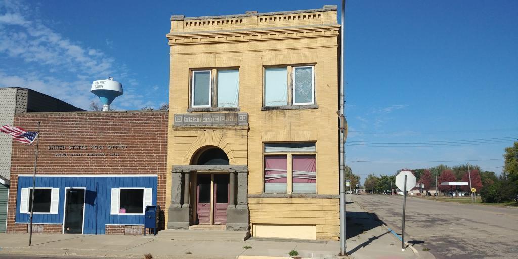 600 Main Street Property Photo - Walnut Grove, MN real estate listing