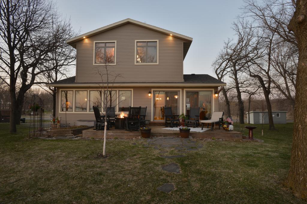 56253 Real Estate Listings Main Image