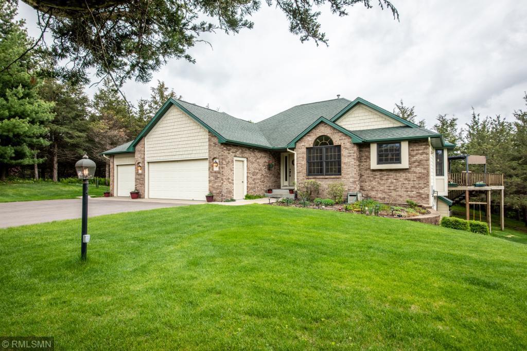 735 Aldro Property Photo