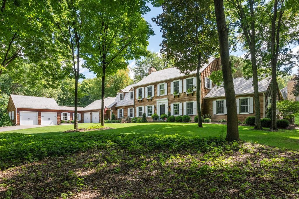 18425 Maple Ridge Property Photo