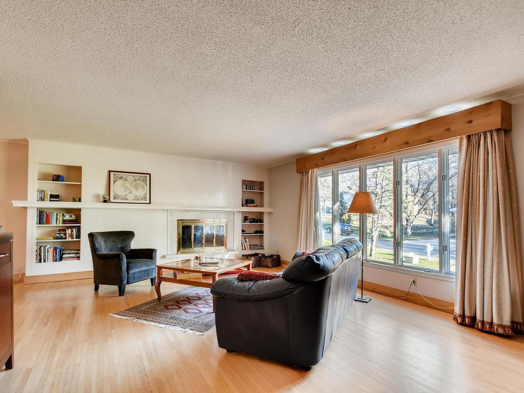 5810 Schaefer Property Photo