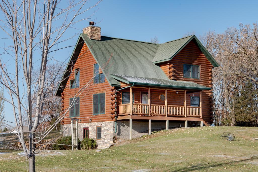 1801 Dom Property Photo