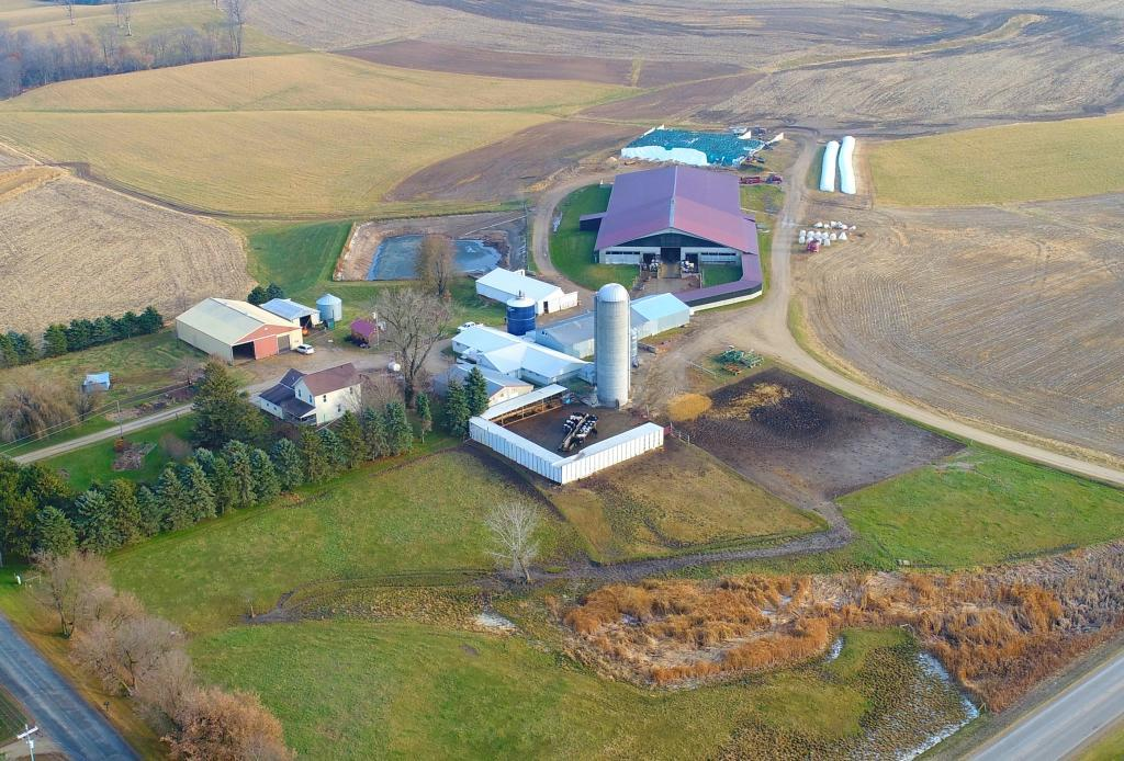 W3659 650th Avenue Property Photo - Spring Valley, WI real estate listing