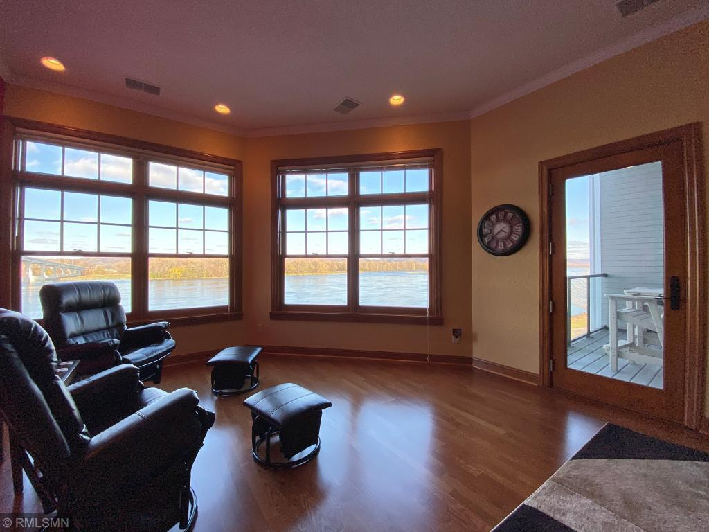 225 Lawrence Boulevard W #307 Property Photo