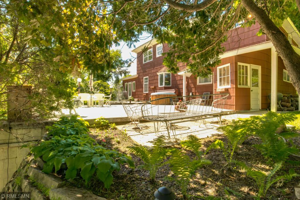 600 3rd Avenue Property Photo