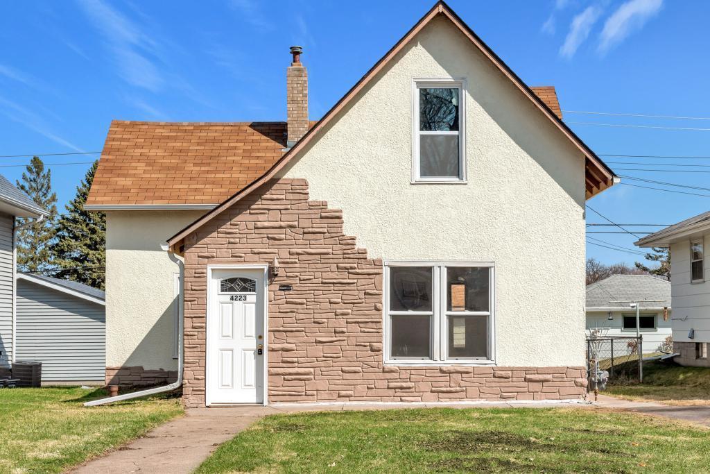 4223 Monroe Ne Property Photo