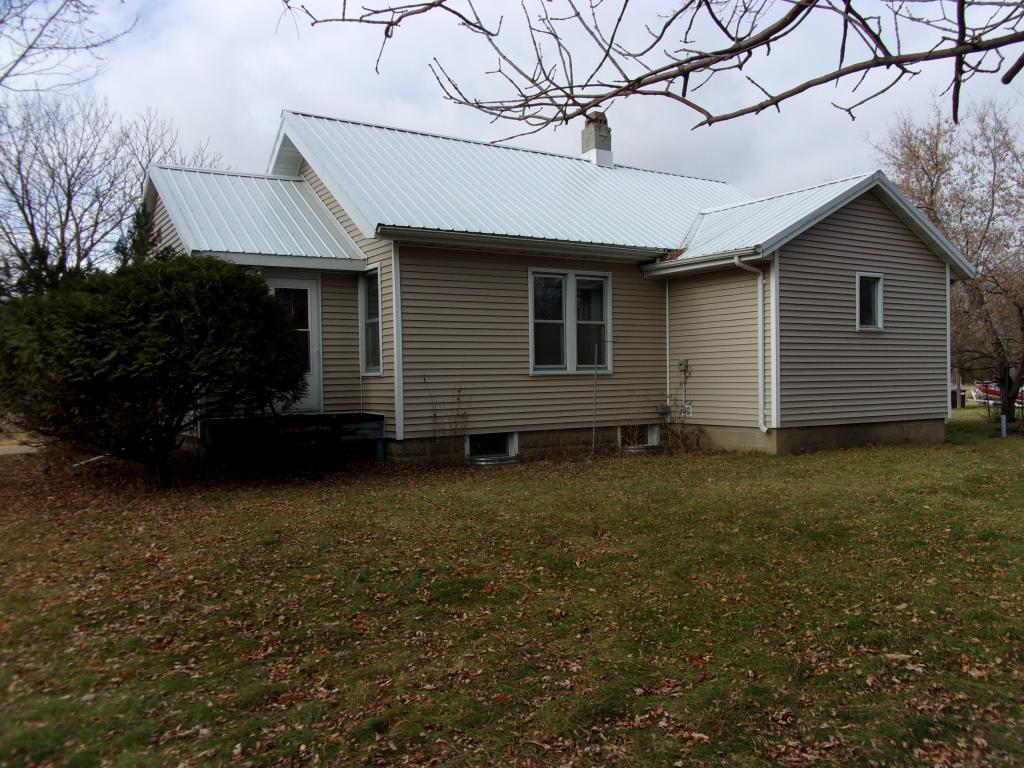 4 Schley Street Property Photo - Welcome, MN real estate listing