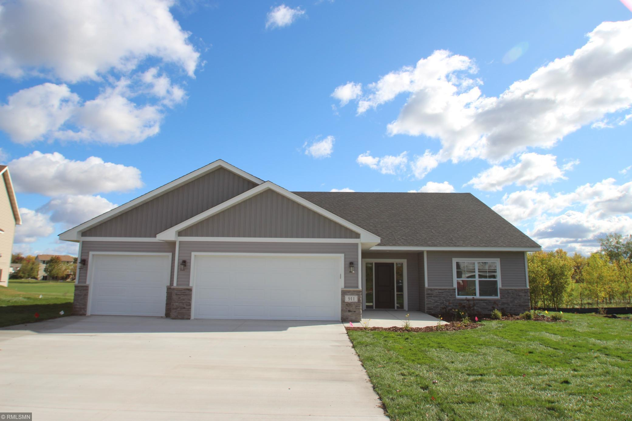911 Palm Circle Property Photo - Annandale, MN real estate listing