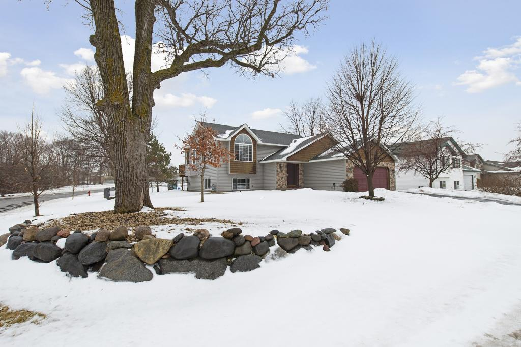 516 Weaver Boulevard Property Photo - Anoka, MN real estate listing