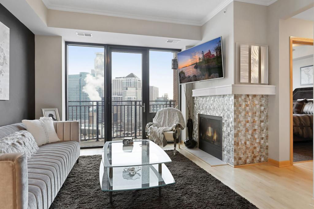 500 Grant #2304 Property Photo - Minneapolis, MN real estate listing