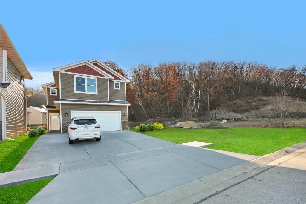 4761 Kingswood Drive Property Photo