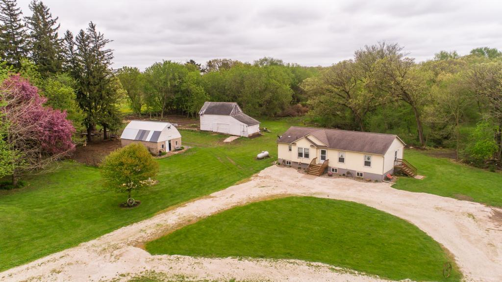 9850 80th SW Property Photo - Rock Dell Twp, MN real estate listing
