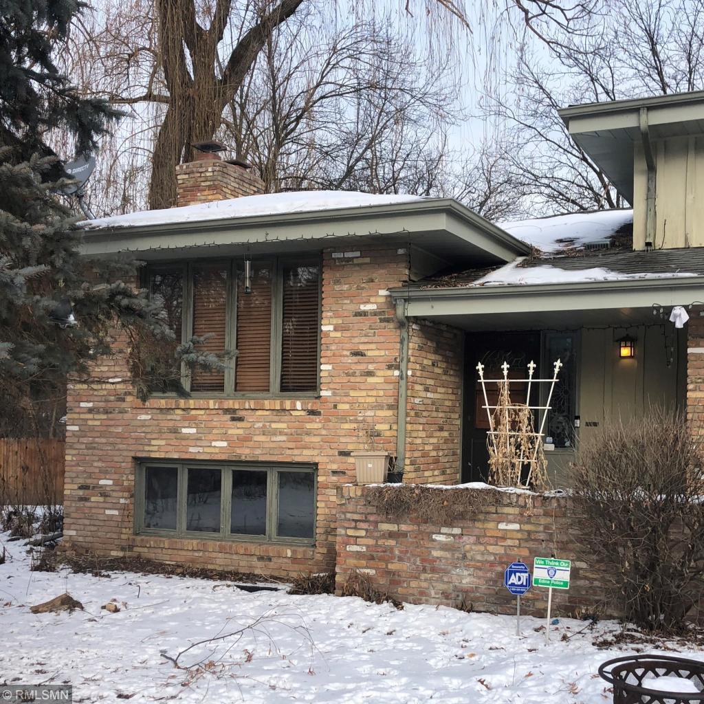 5416 Benton Avenue Property Photo