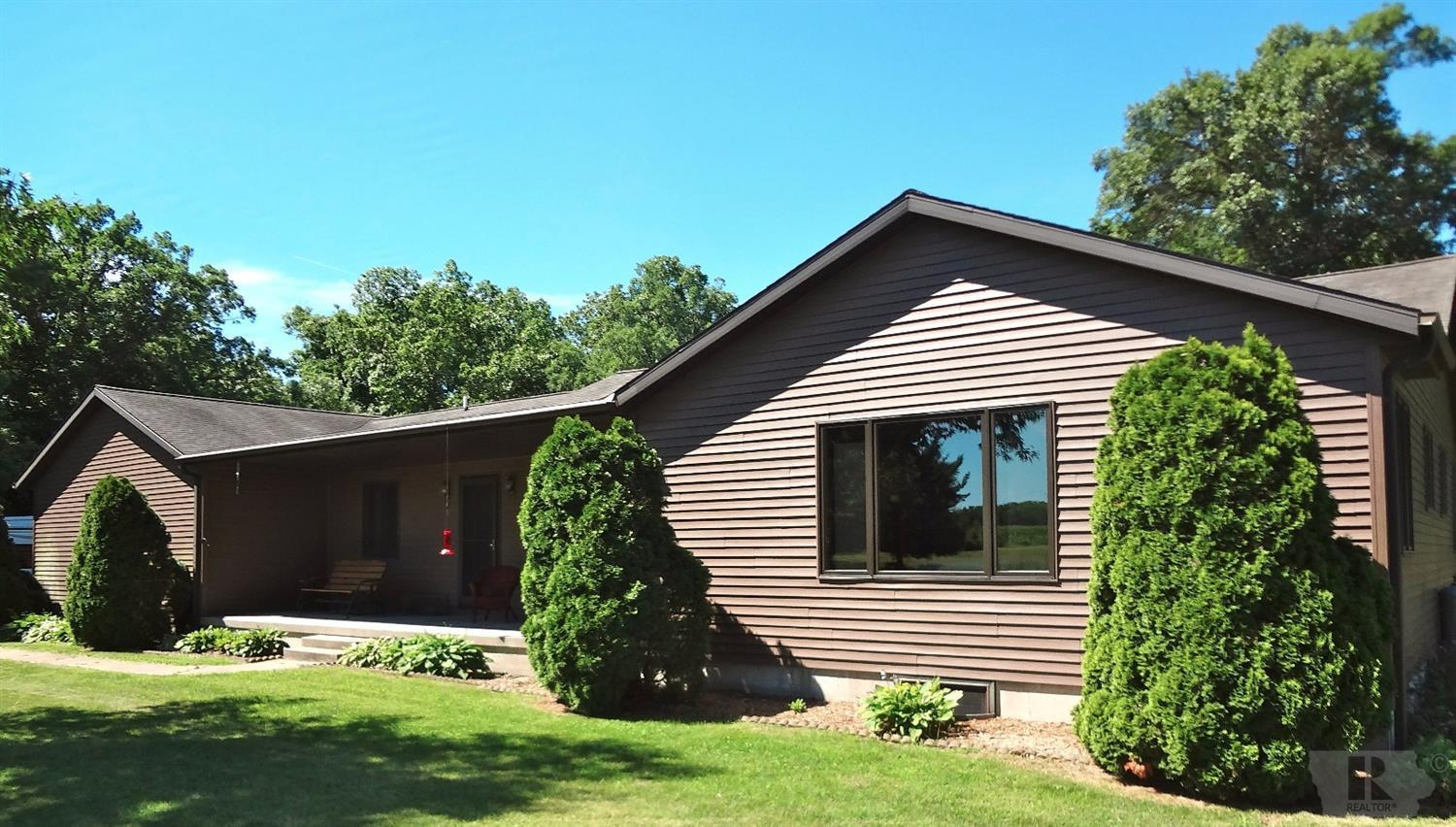 12743 Highway 61 North Property Photo - Burlington, IA real estate listing