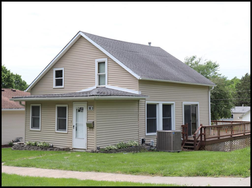 905 Oak Property Photo - Atlantic, IA real estate listing