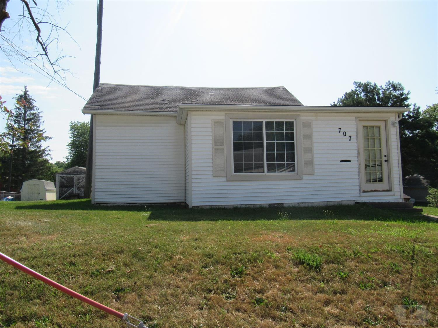 707 Cherry Property Photo - Creston, IA real estate listing