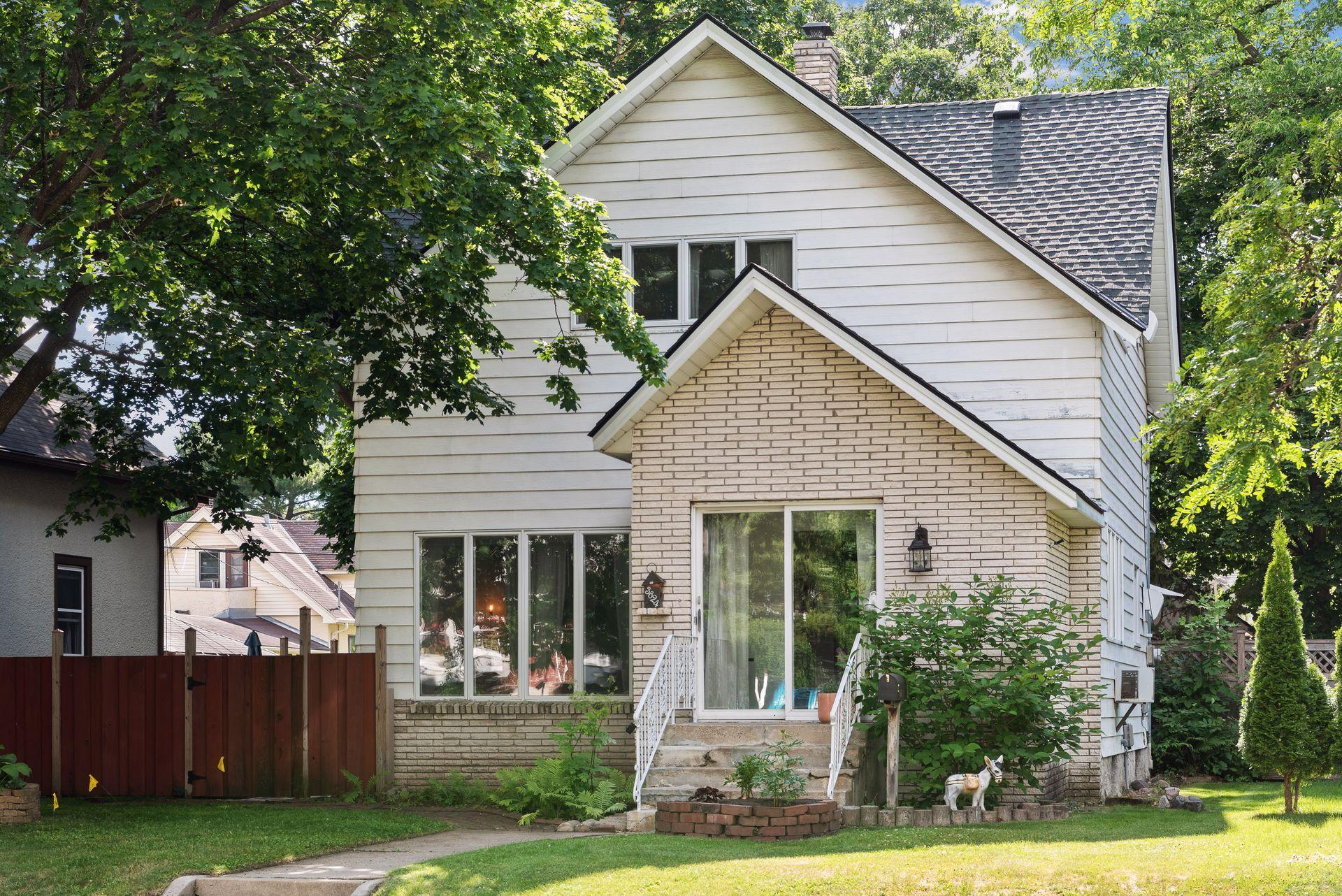 3824 17th Avenue S Property Photo - Minneapolis, MN real estate listing
