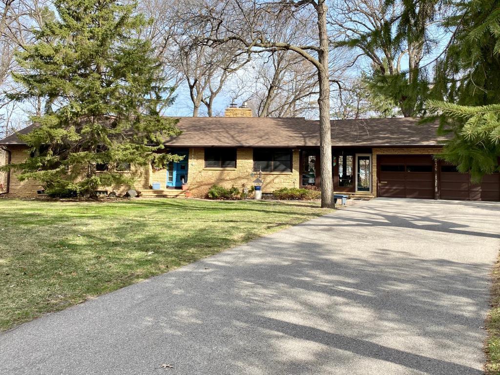 736 Lee Property Photo