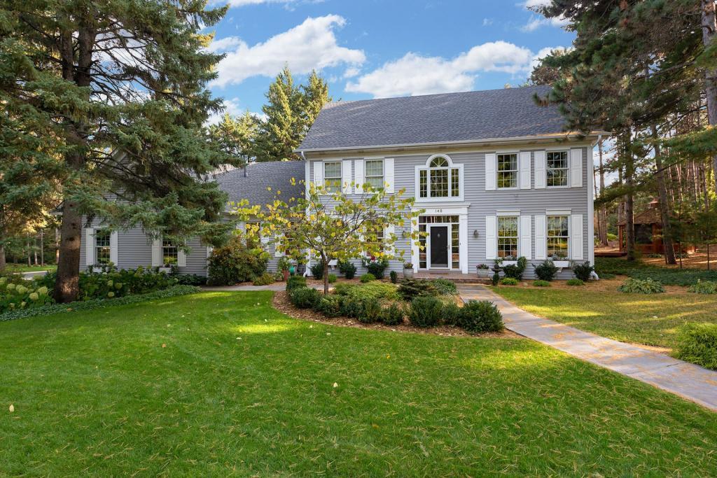 148 Wildridge Property Photo - Mahtomedi, MN real estate listing