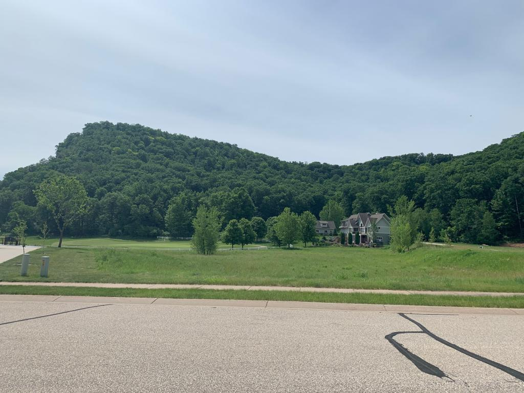492 Oakhurst Circle Property Photo