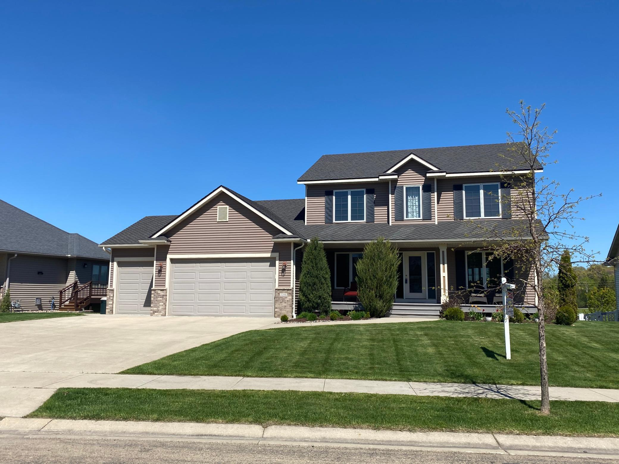 3398 Woodstone SW Property Photo - Rochester, MN real estate listing