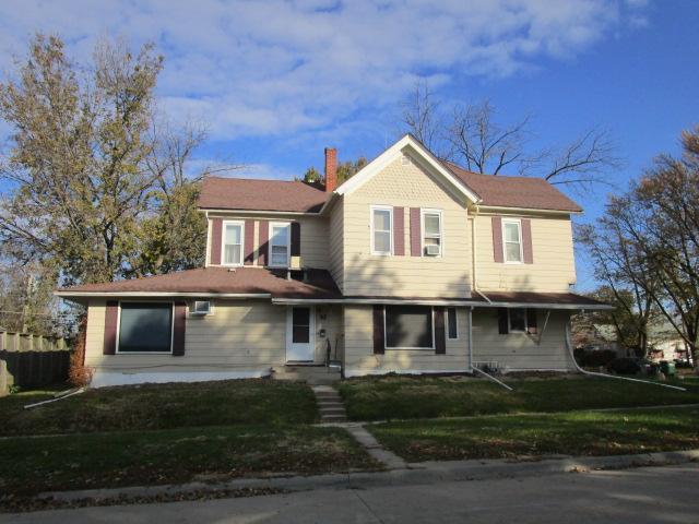500 Court Property Photo - Fairfield, IA real estate listing
